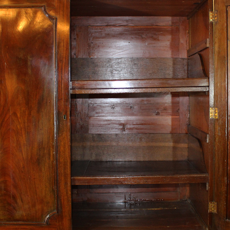 Mahogany linen press - Vintage pieces of furniture old times elegance ...